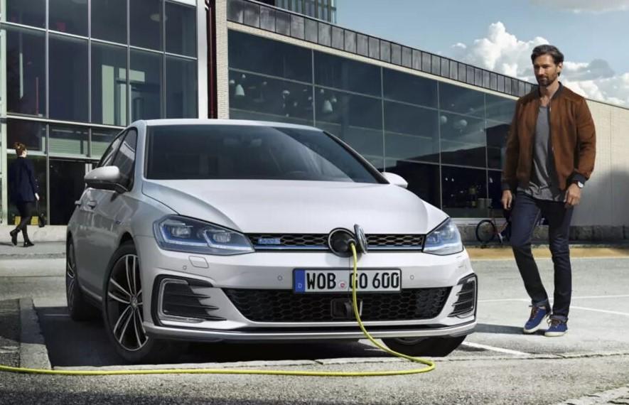 Volkswagen e-Golf GTE